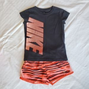 💥Girls💥Nike outfit black and orange size 6X